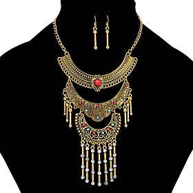 Women's Tassel Jewelry Set - Vintage, Hyperbole, Ethnic Include Drop Earrings Vintage Necklace Gold / Silver For Daily
