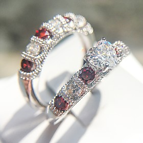 Women's Red Classic Ring Ring Set Copper Platinum Plated Imitation Diamond Sweet Heart Love Ladies Romantic Fashion French Ring Jewelry Silver For Wedding Part