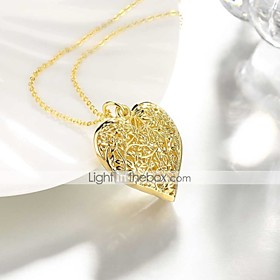 Women's Hollow Out Pendant Necklace Gold Plated Heart Ladies Sweet Fashion Heart Lovely Gold 50 cm Necklace Jewelry 1pc For Daily Work