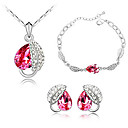 Moda cristallo con platino placcato dei monili, tra cui collane, orecchini, braccialetto