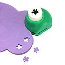 herramienta de corte bricolaje metal mini de cuatro hojas del trébol patrón ponche (color al azar)