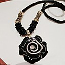 Vintage Clothes Noble Elegant Black Rose Flower Necklace