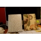 Case em Pele com Suporte para iPad 2 - Flor Dourada