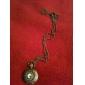 목걸이 체인과 중공 조각 회중 시계