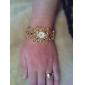 여성의 다이아몬드 합금 스타일의 아날로그 석영 팔찌 시계 (금색)