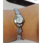 Women's Crystal Heart Style Alloy Quartz Analog Bracelet Watch (Assorted Colors)