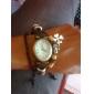 Relógio de Pulso Bracelete Feminino Vintage com Pingente de Trevo Marrom de Couro