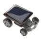 Aurinkovoimalla toimiva mini auto