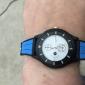 män och kvinnors idrott tyget analoga quartz armbandsur (blandade färger)