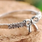 Women's cute bow diamond ring (random color)Imitation Diamond Birthstone
